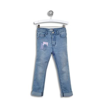 Jeans-Pitillos-Parches-Denim-Niña